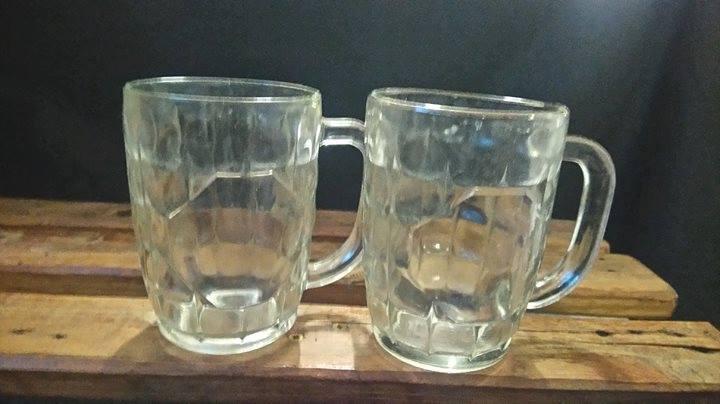 2 Bier glase