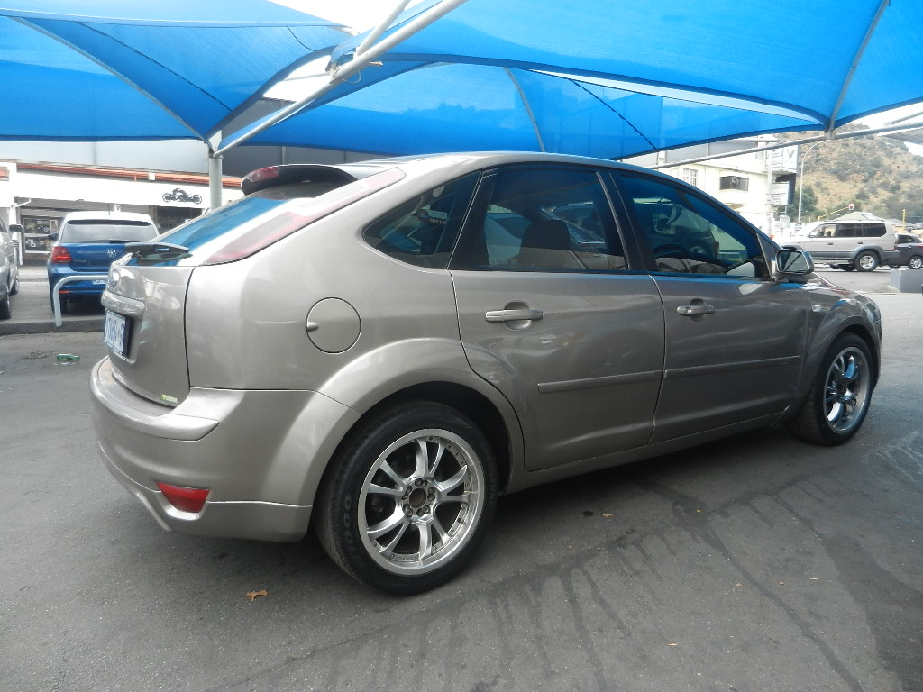 2007 ford focus 1 6 5 door ambiente
