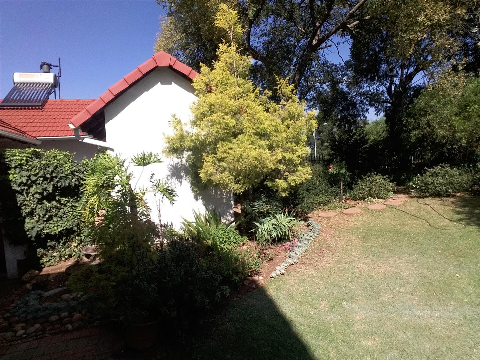 Big House, 2 flats in quiet residential area with very well designed and kept garden, also solar