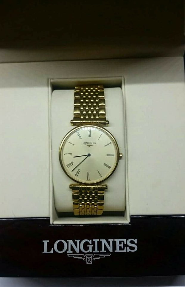Longiness Gents Watch   Longiness La Grande classique  Comes with box and papers