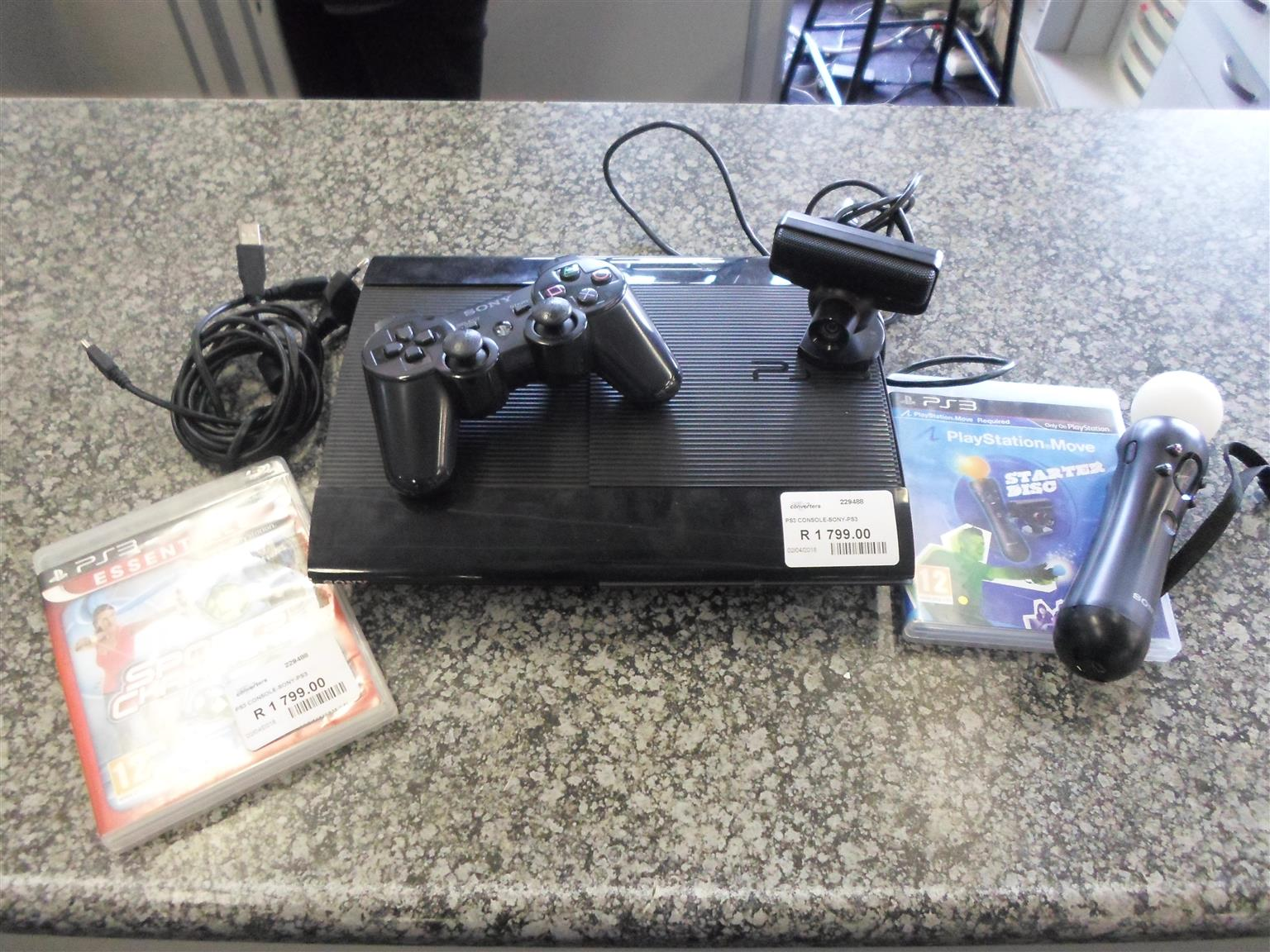 Playstation 3 + Accessories