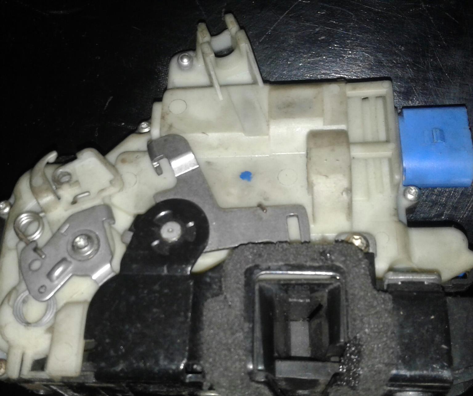 Central locking actuator repairs A4 ,A5,A6
