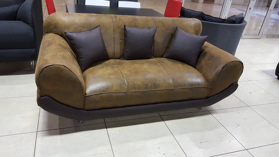 Brown California 2 seater