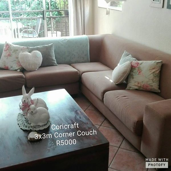 Coricraft corner couch