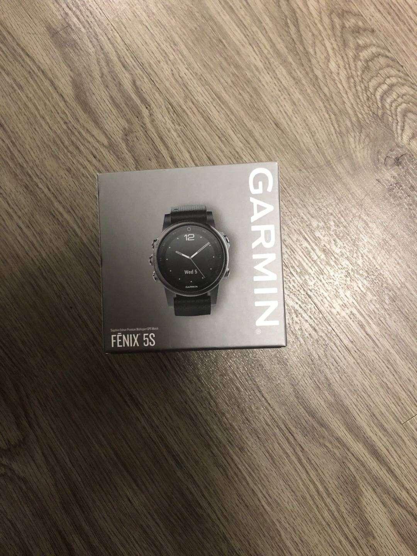 Garmin Fenix 5S Sapphire 42mm