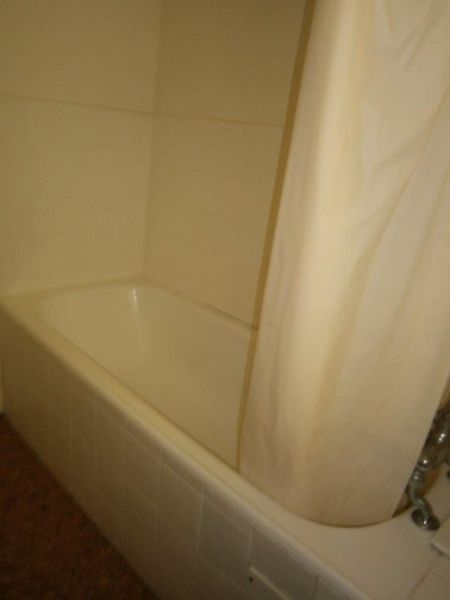 FURNISHED/EQUIPPED FLAT IN QUIET AREA NEAR UCT - IDEAL FOR 2 STUDENTS SHARING