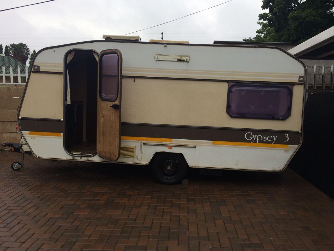 gypsey 3 caravan for sale junk mail. Black Bedroom Furniture Sets. Home Design Ideas