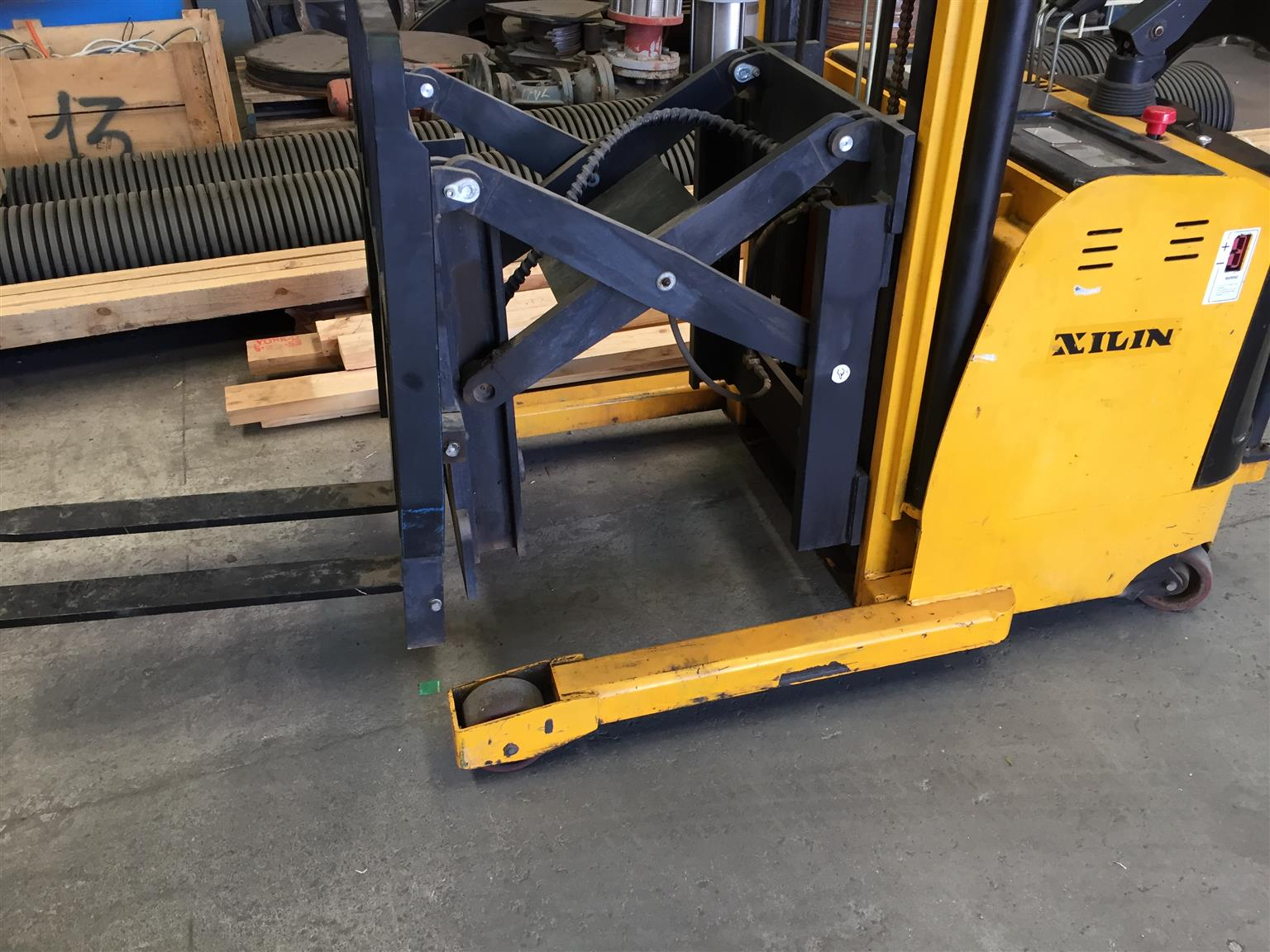 Electrical Forklift Xilin excellent condition