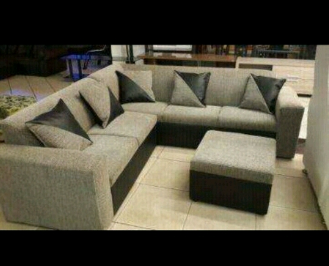 5 Seater couch 5 cushion 1 ottoman