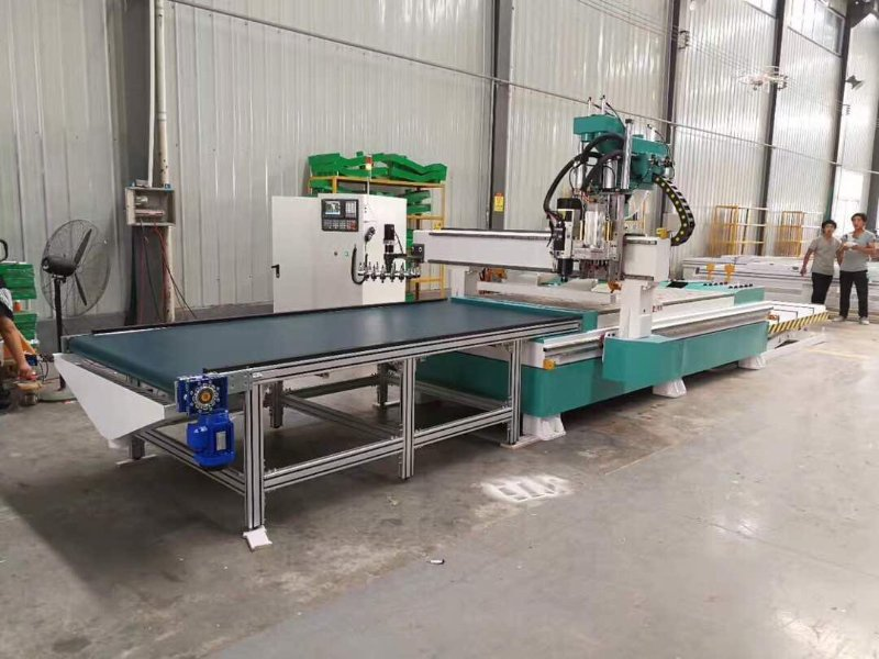 Loading&unlaoding cnc router for the furniture nesting machine