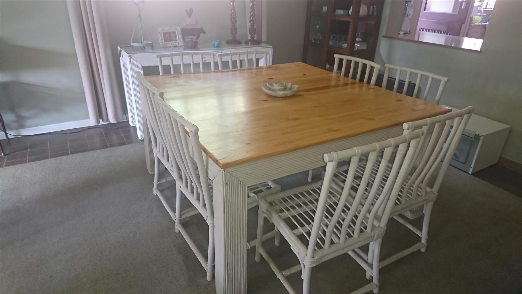 R 5 000 For Sale 8 Seater Dining Table