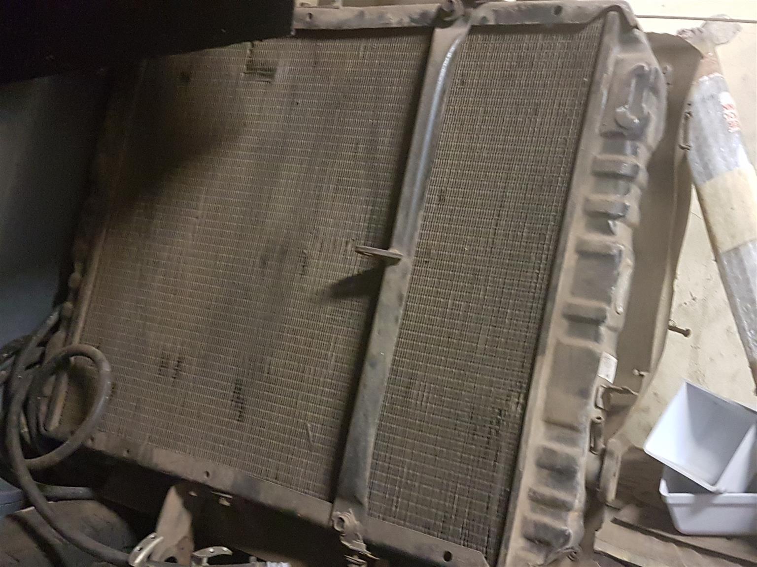 SBR 422 Radiator