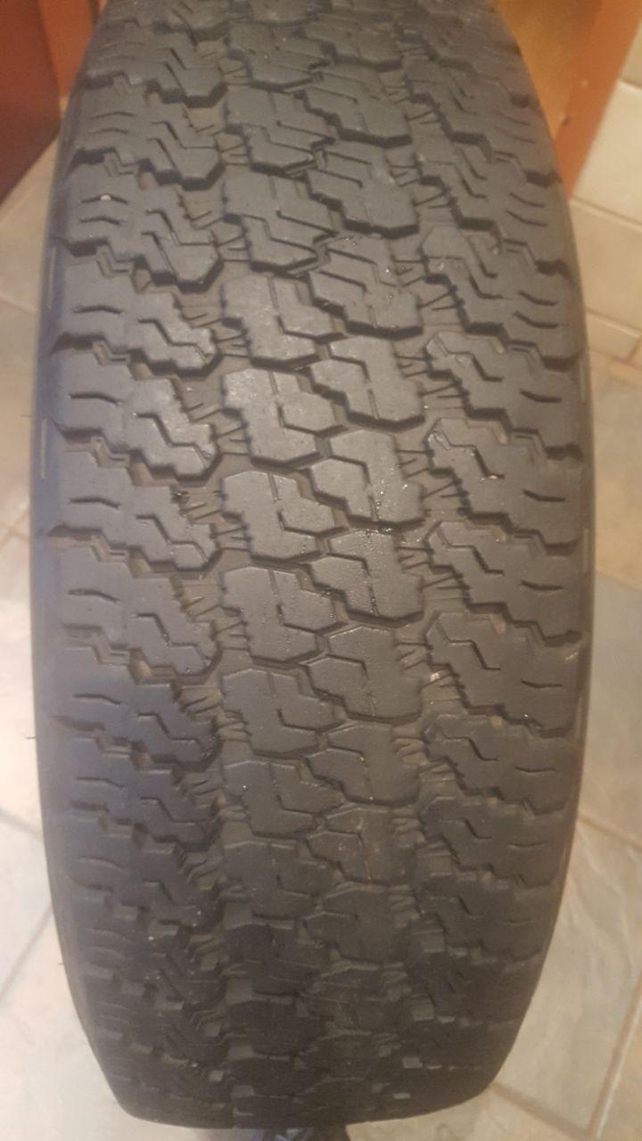 One 70% tread 245/75/17 Goodyear Wrangler Tyre R1250