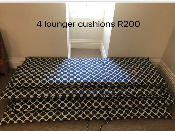 4 Lounger cushions