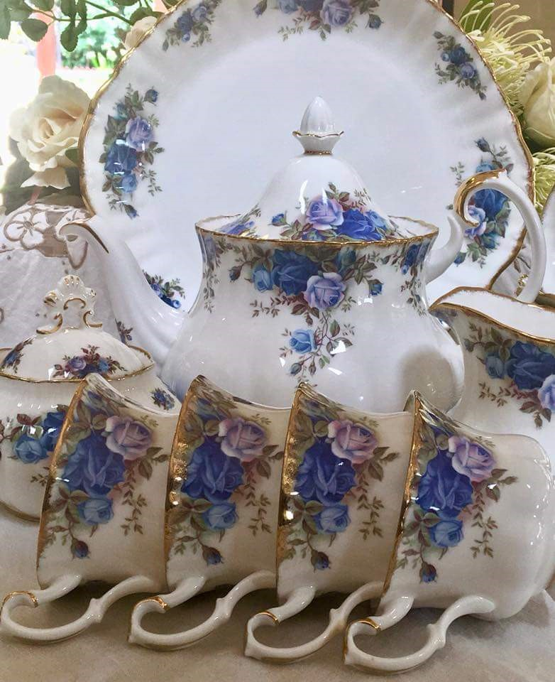 I BUY ROYAL ALBERT