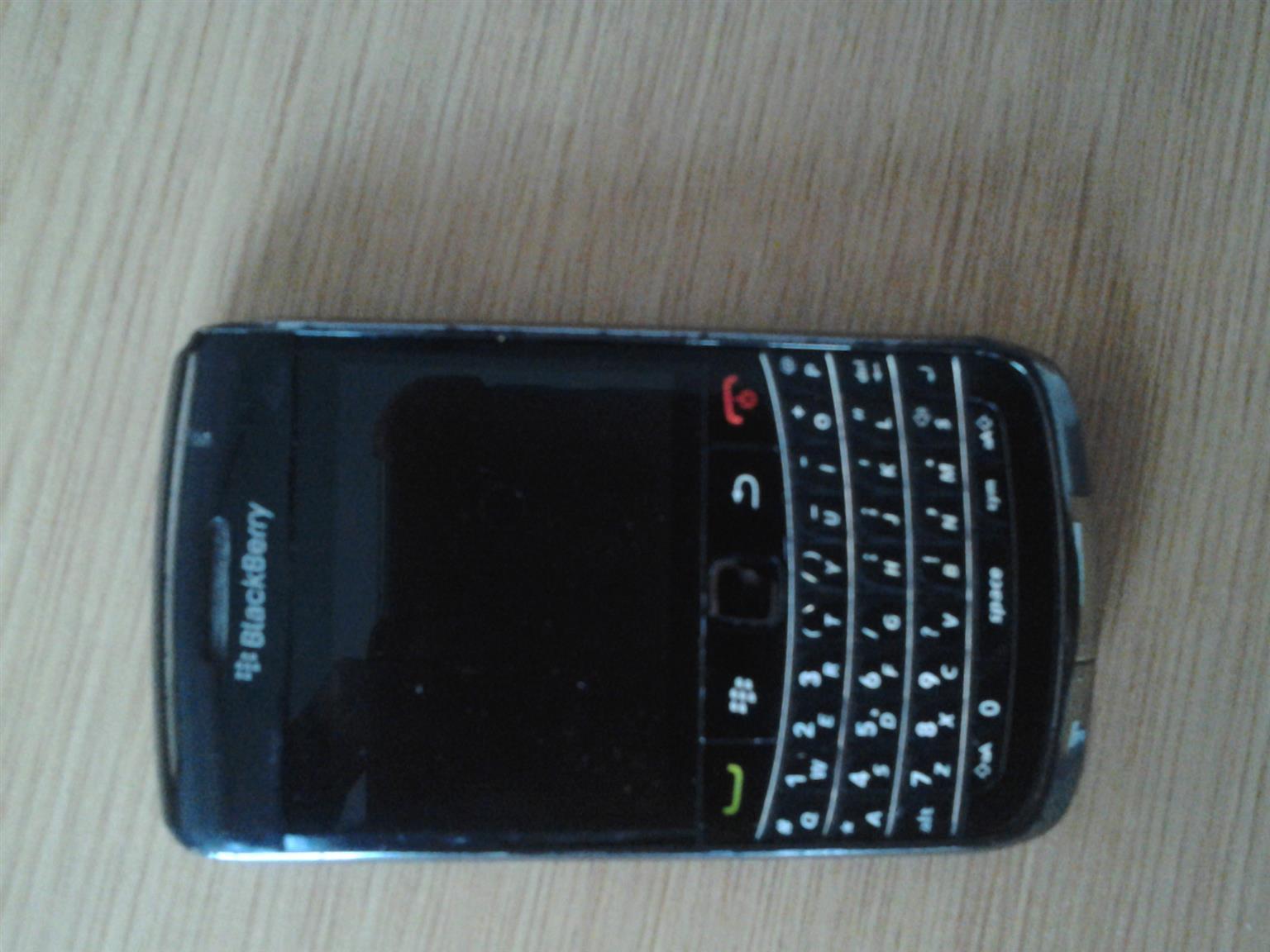 Faulty Blackberry 9780 Bold