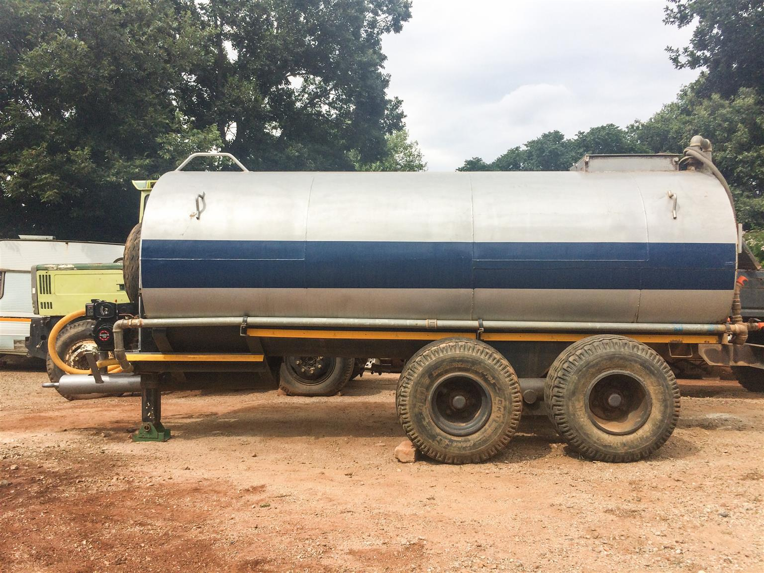8000 liter Tractor drawn water tanker trailer for sale ...