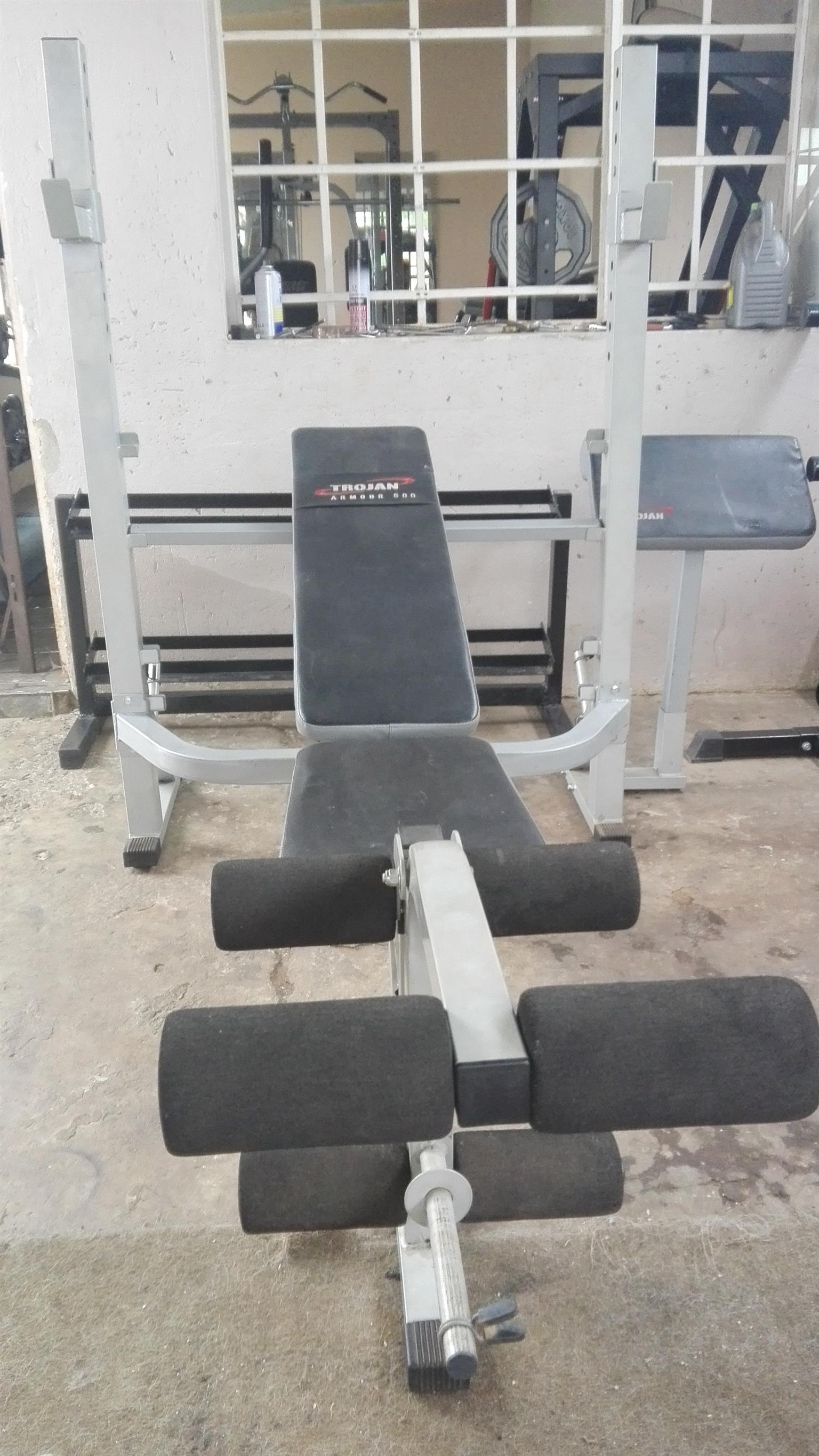 Trogan bench press