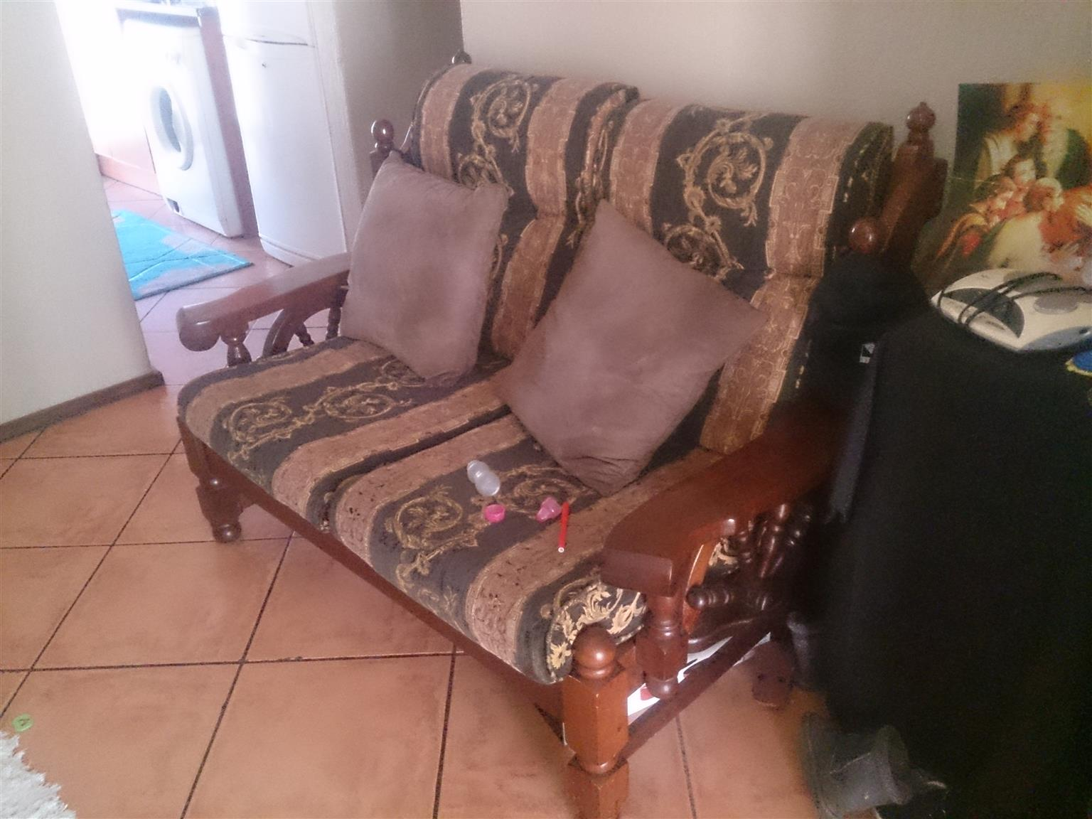 Imbuia Lounge Set 6 Seater
