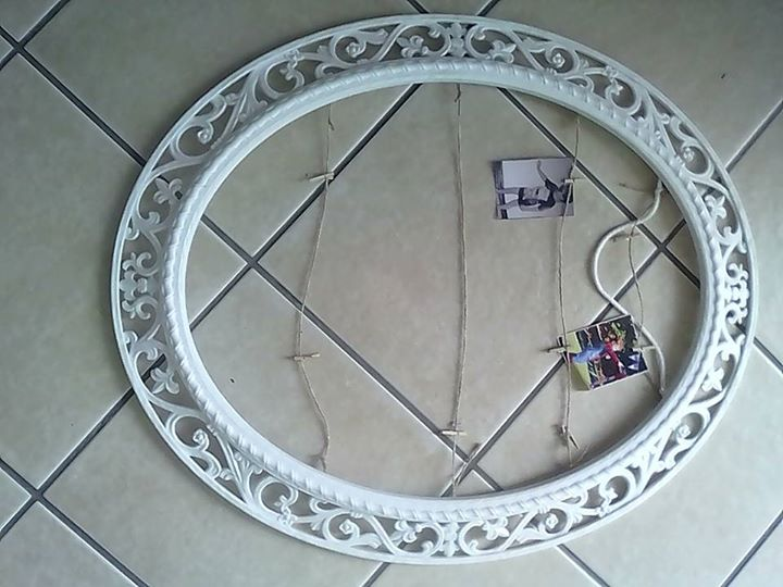 White photo frame oval shaped