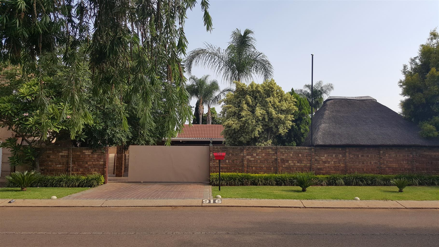 Beautifull 3 Bedroom House to Let