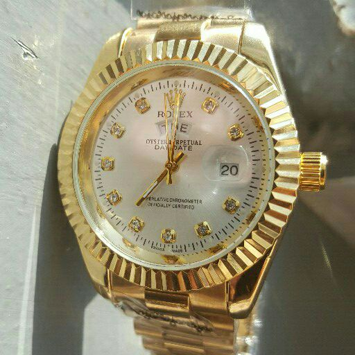 Mens watches for sale, different colours availbla