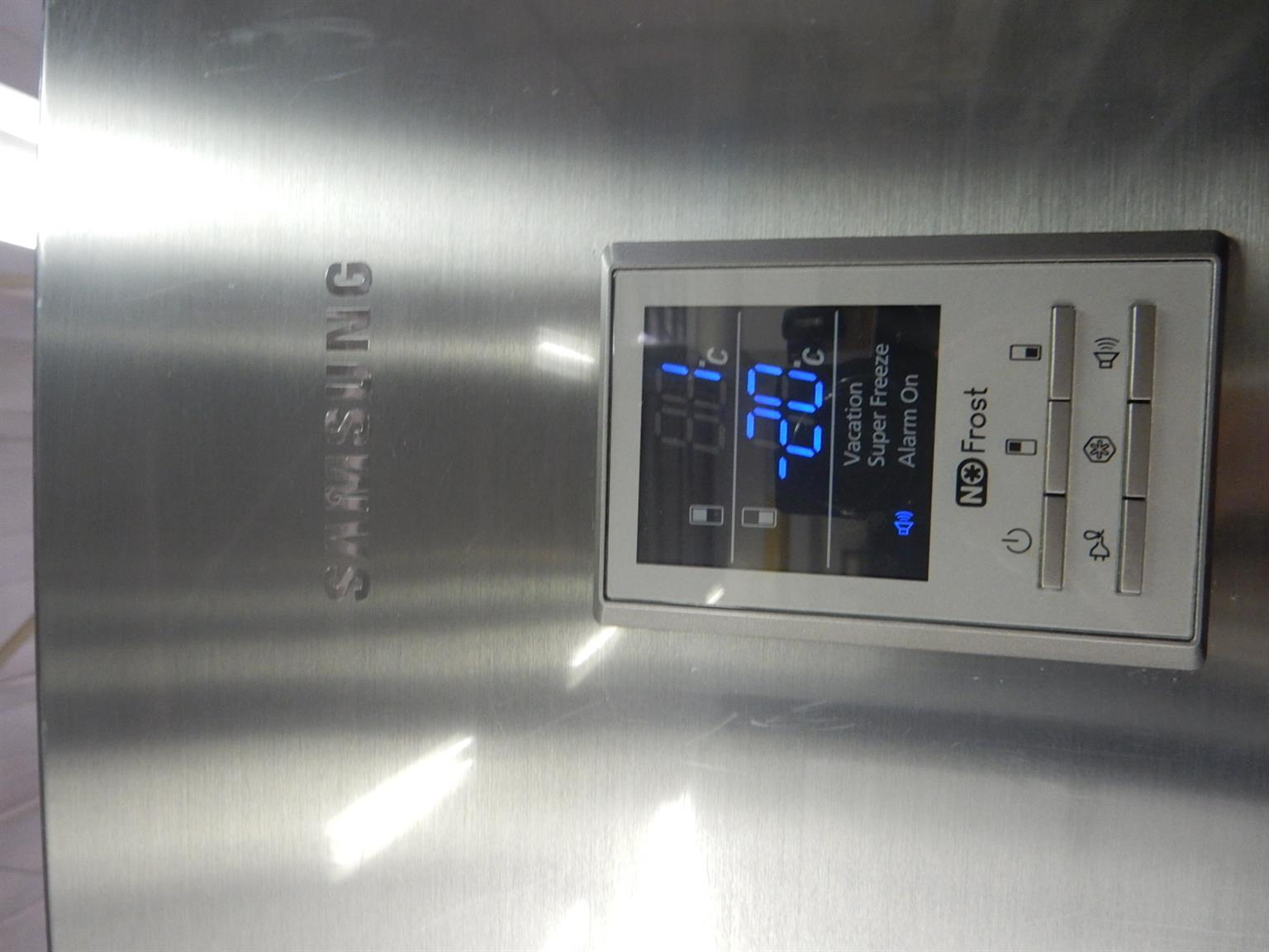 Samsung Fridge / Freezer