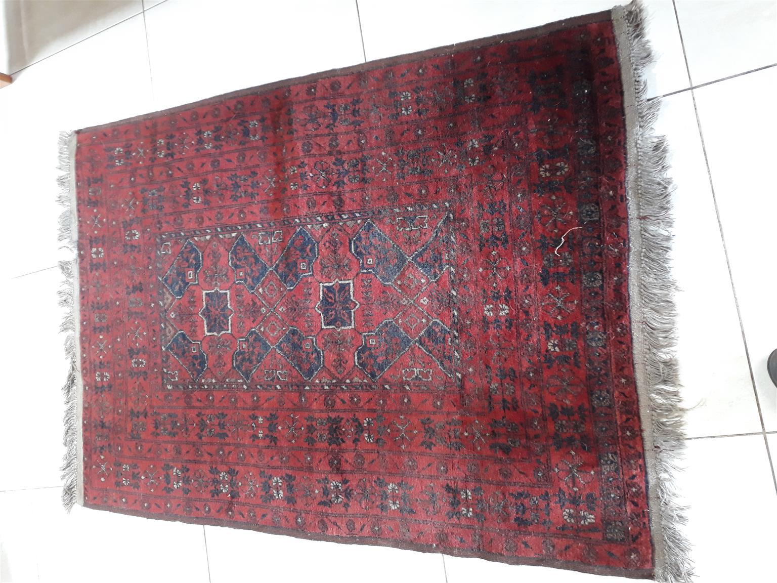 Beautiful Oriental Antique Rug