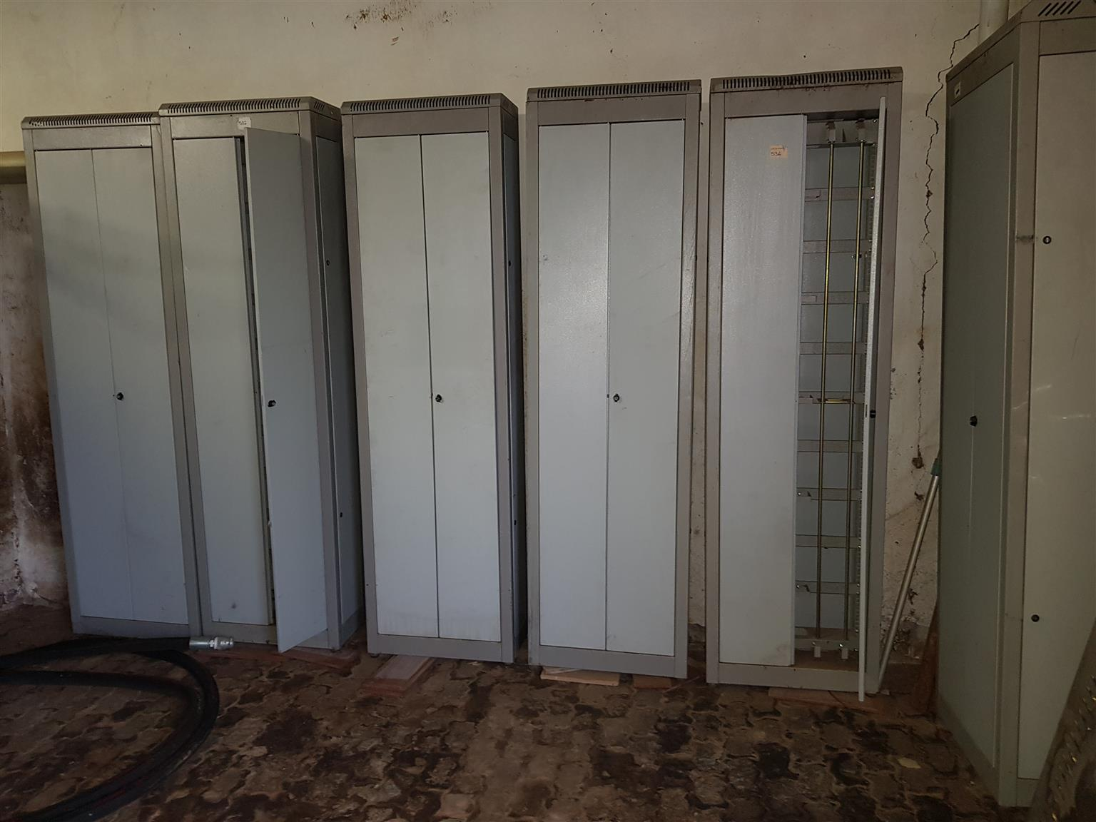 Used Server Cabinets
