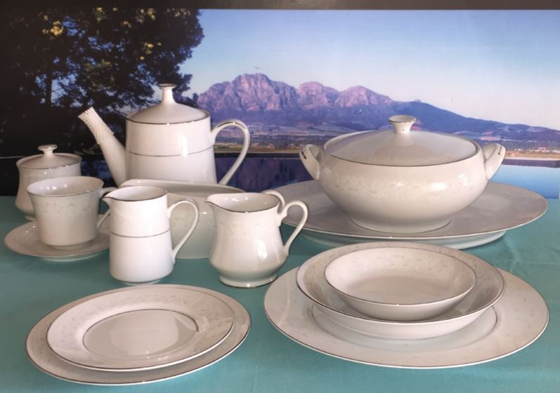 Exquisite Fine China Dinner Set