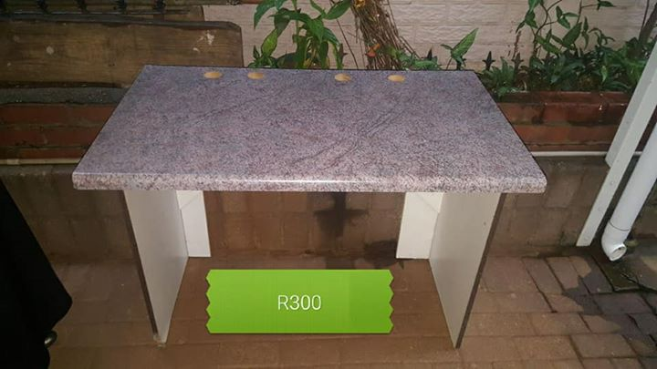 office furniture for sale in durban. r 300 for sale. office desk r300 durban furniture sale in