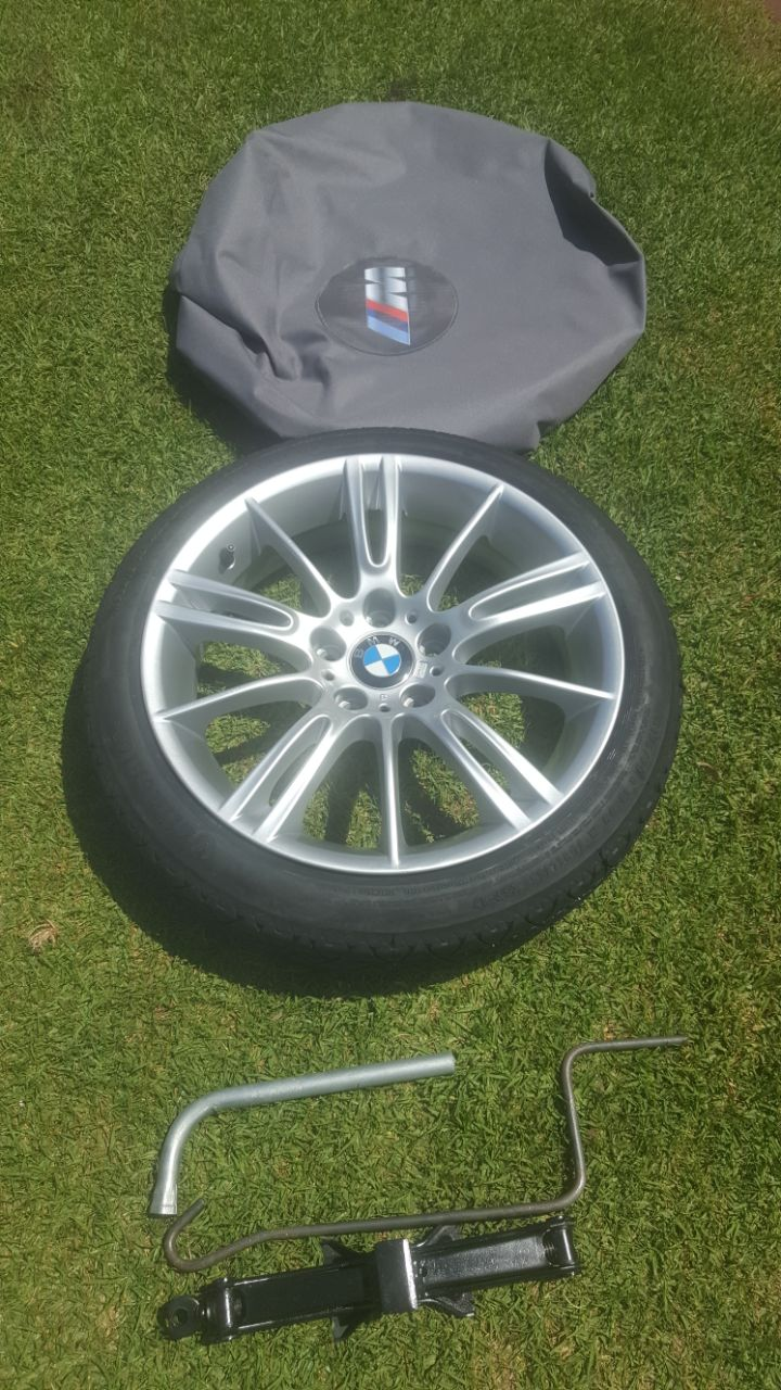 18 Inch Bmw Z4 M Coupe Biscuit Spare Wheel With Jack