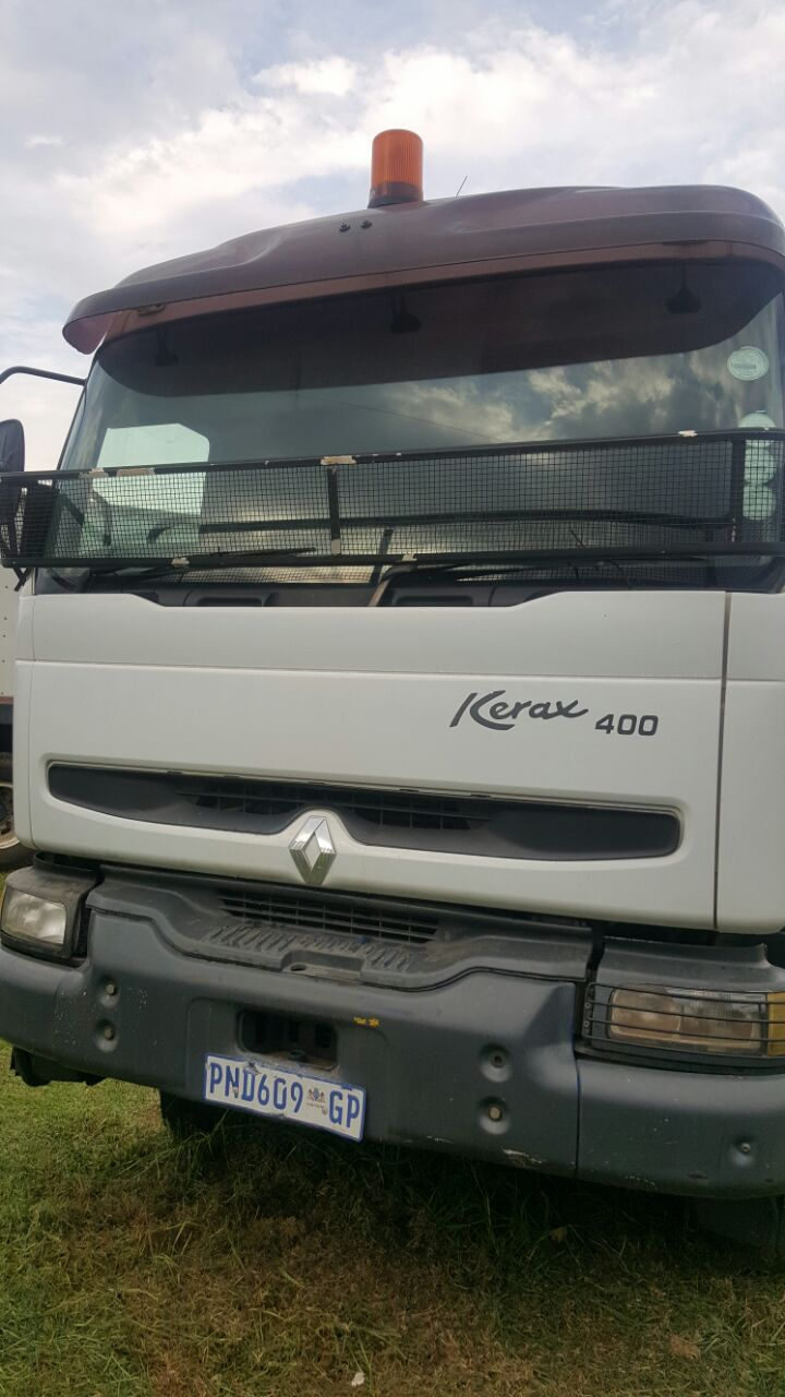 Renault 400