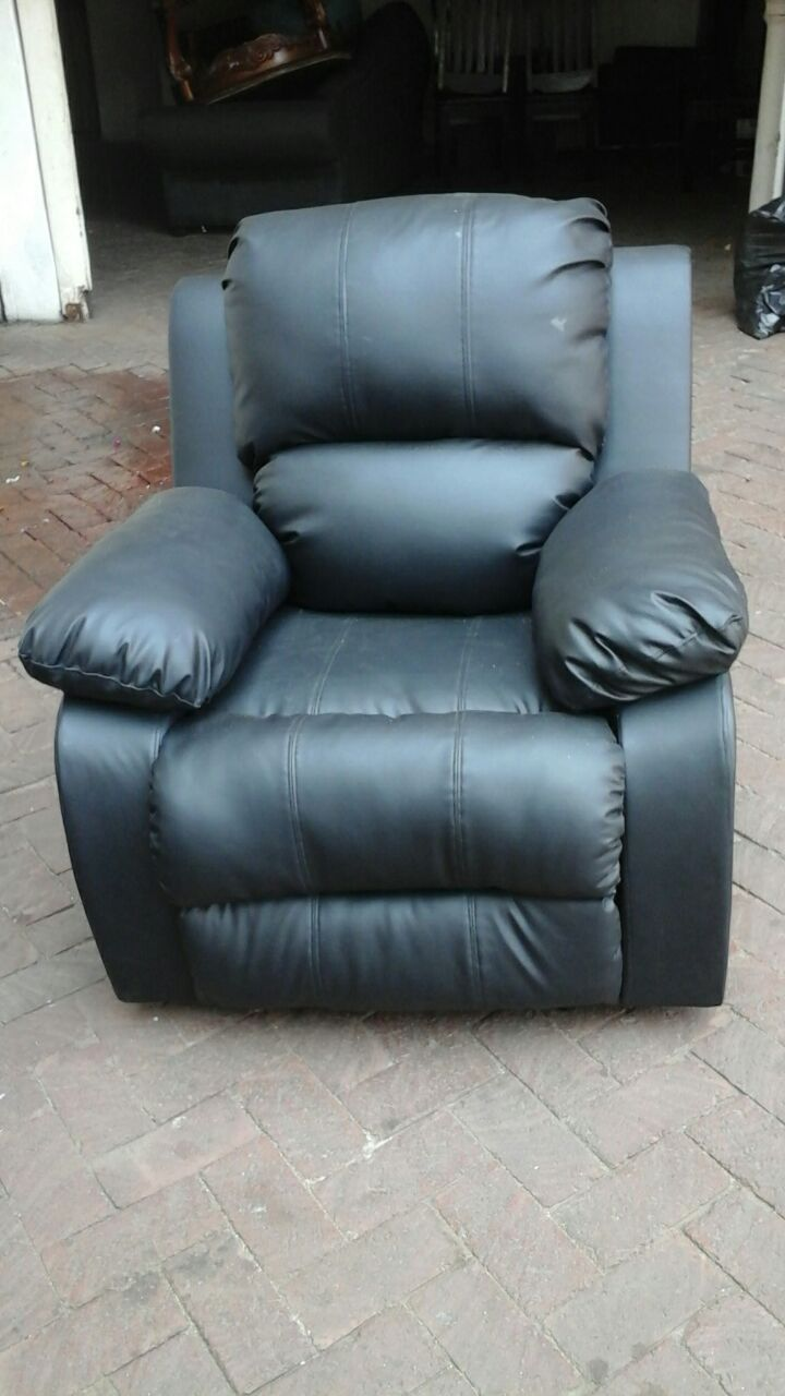 Recliners couches