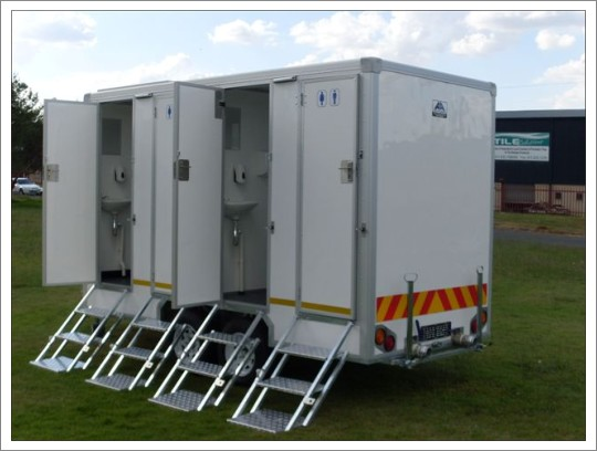 Standard Fridge And Vip Toilet Trailer Junk Mail