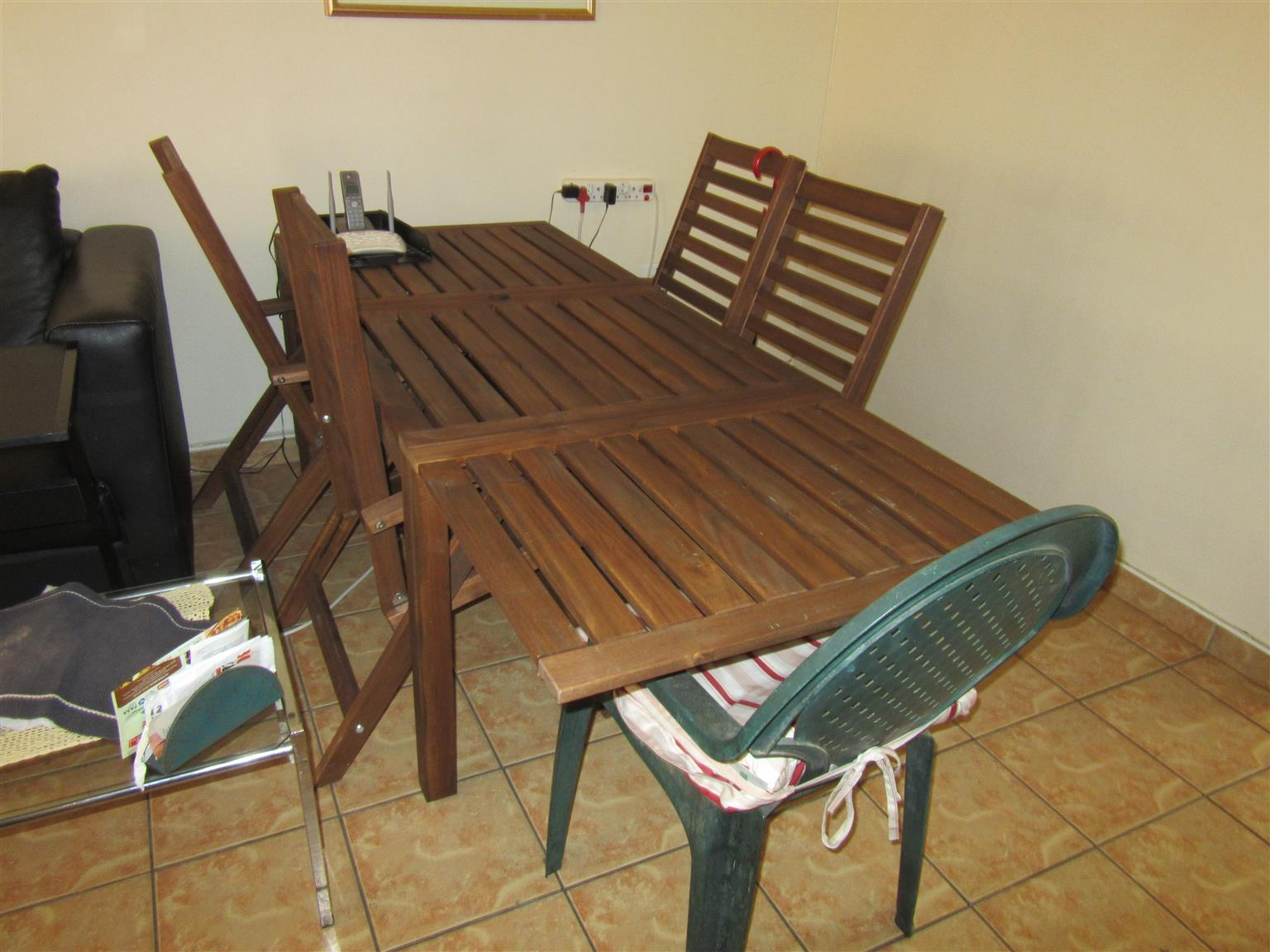 Dining/Patio lounging Table Room table