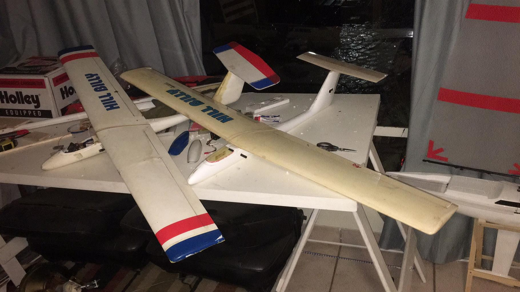 2x composite RC Gliders for sale | Junk Mail