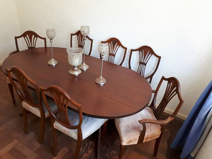 R 4 500 For Sale Dining Room Table Chairs