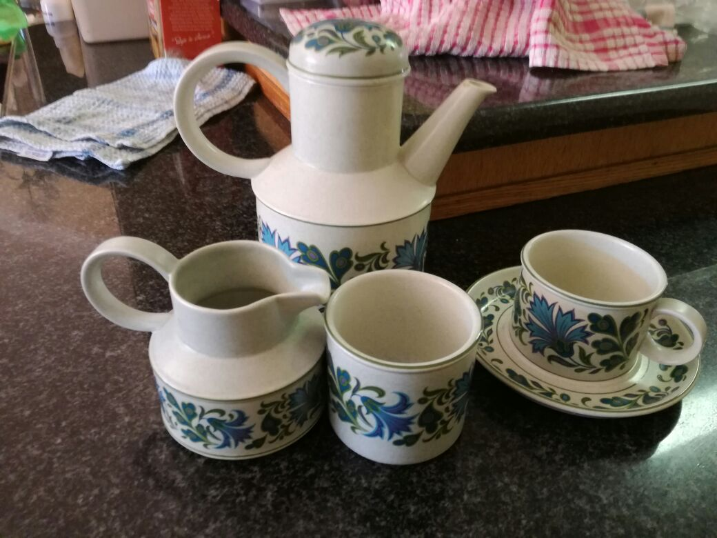 Coffee set complete as per photo