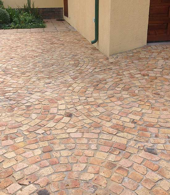Clay Broken Brick Cobble