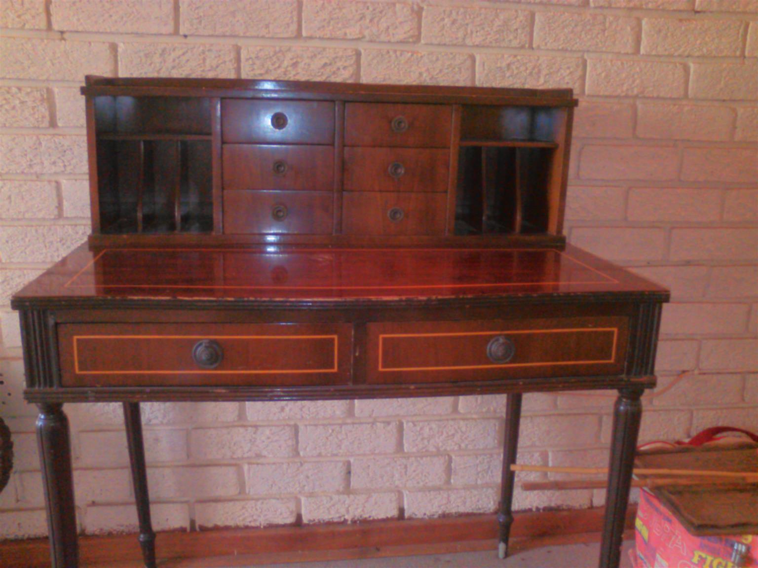 Ladies Personal Desk