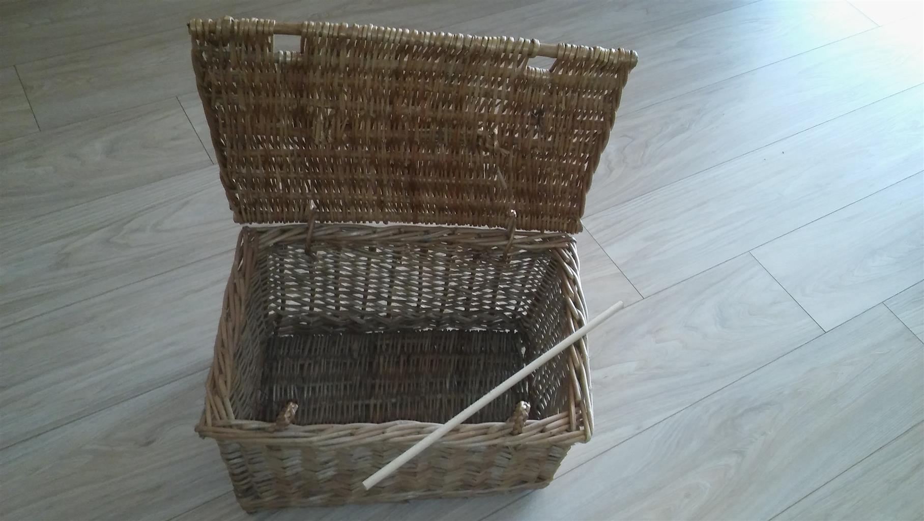 Cane Picnic basket