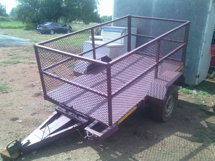 Kleiner trailer te koop