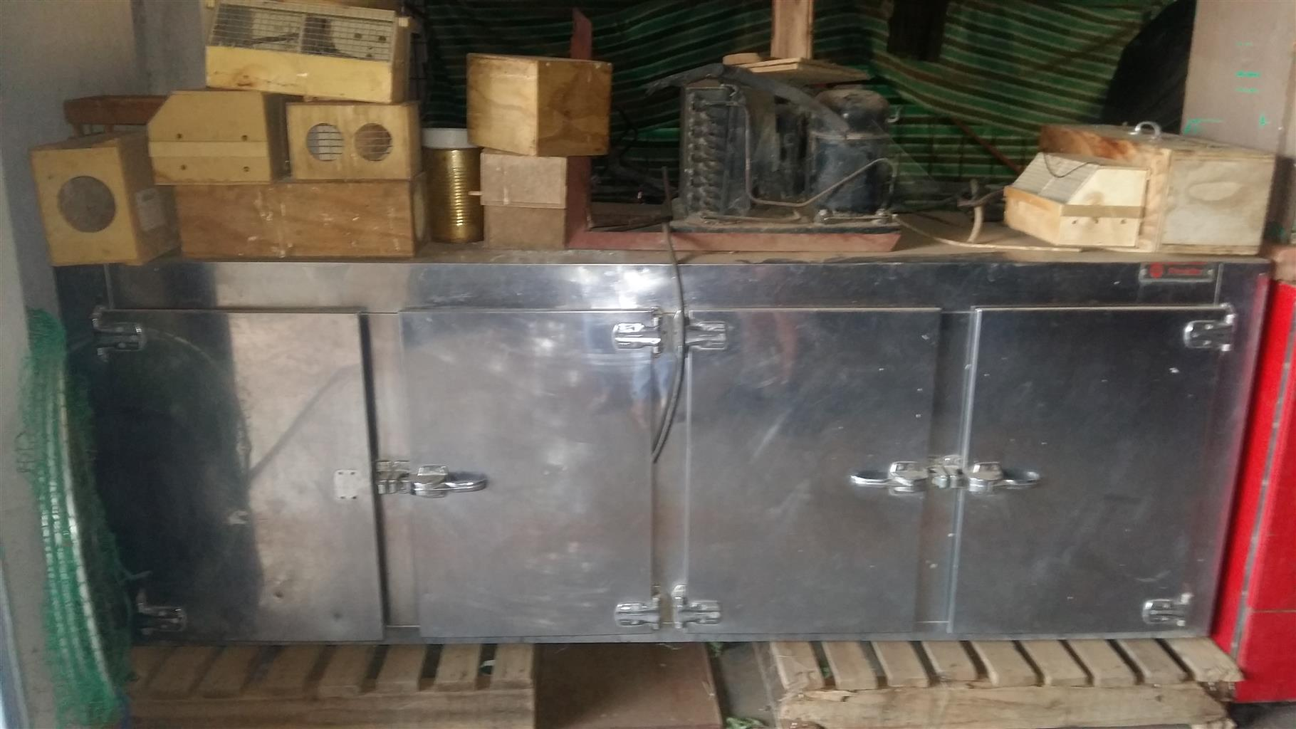 Industrial Bar Fridge 4 door