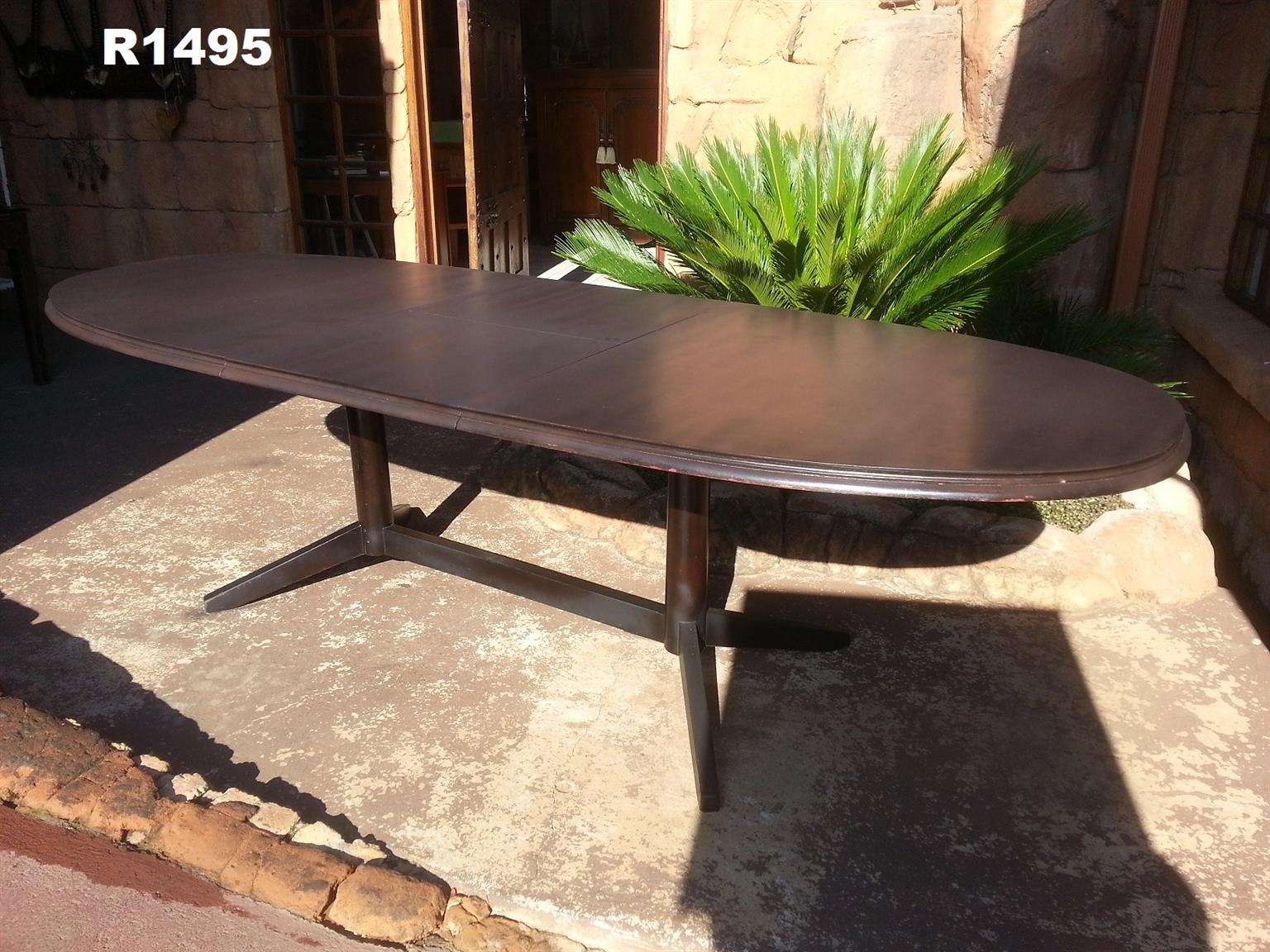 6-8 Seater Oval Teak Dining Table (2125x1060x775)