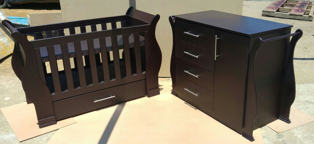 Camellia Baby Cot and Compactum-R 4999,00