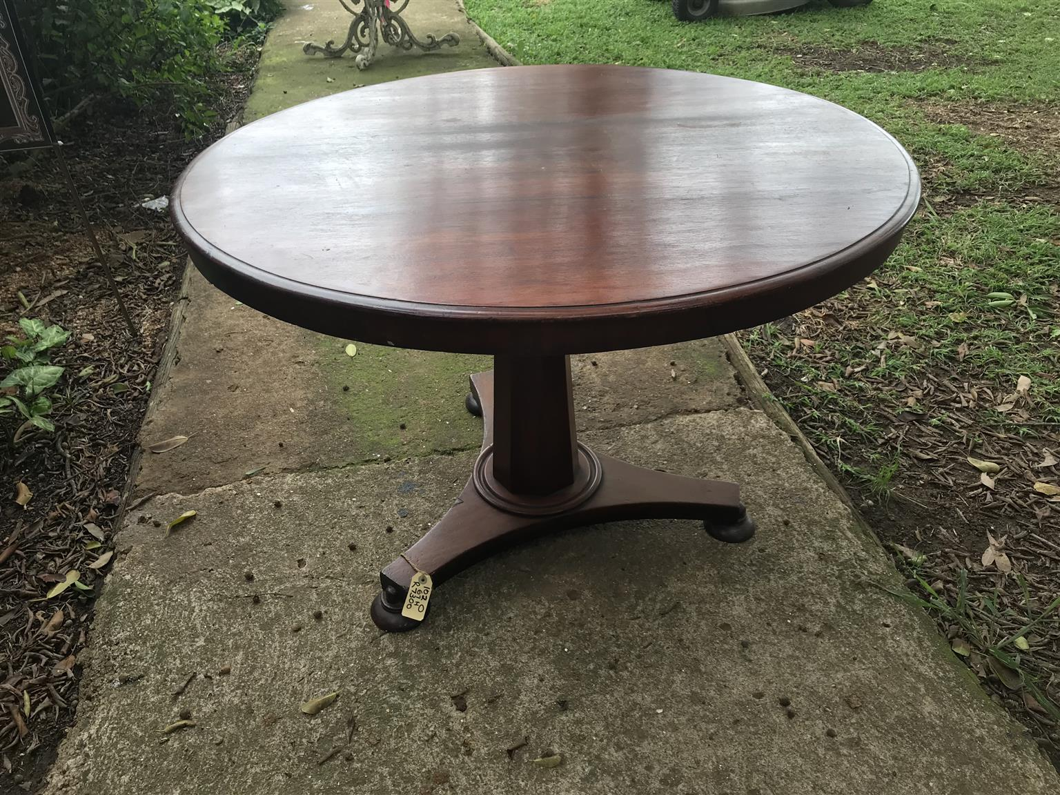 Fabulous Victorian Loo Table Round Junk Mail