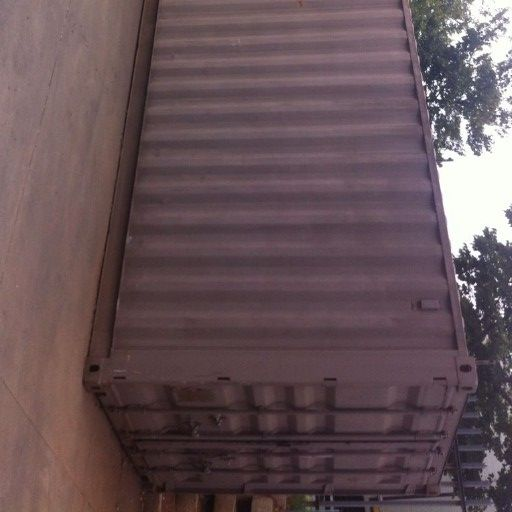 Storage /shipping containers