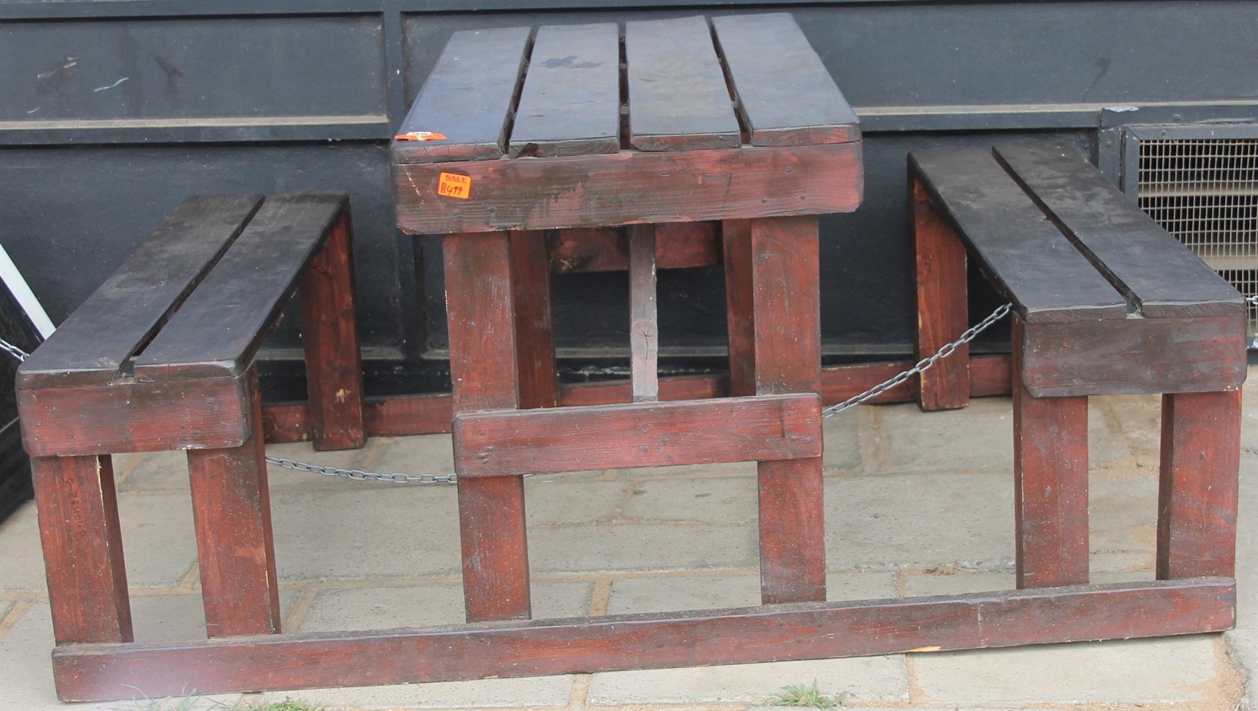 Brown wooden garden bench S028404a #Rosettenvillepawnshop