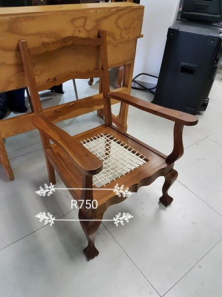 Wooden riempie chair
